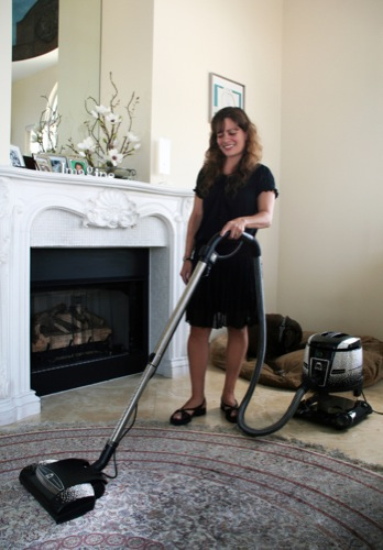 137069-most expensive vacuum cleaner 2.jpg