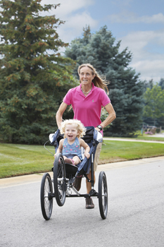 92558 Nancy Schubring - Fastest half marathon pushing a pram 2.jpg