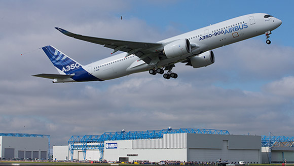 A350 takes to the air for maiden flight, and Nicaragua approves rival to Panama Canal - News in World Records