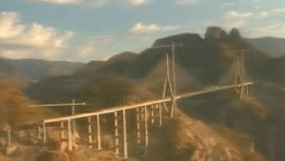 Video: Highest cable-stayed bridge opens in Mexico