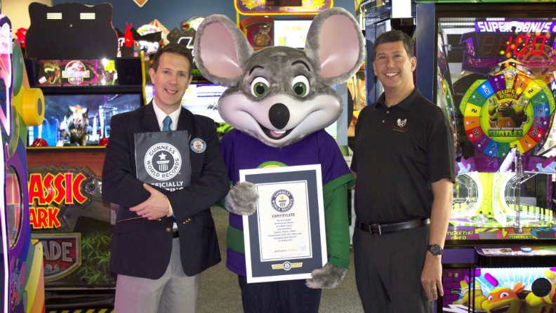 Chuck E. Cheese's brings families together to help set party blower record