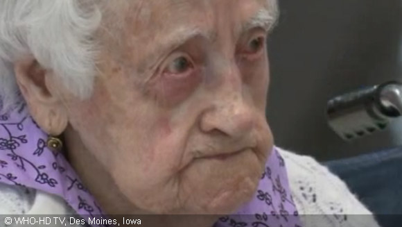 Dina Manfredini declared world's oldest living person at age 115