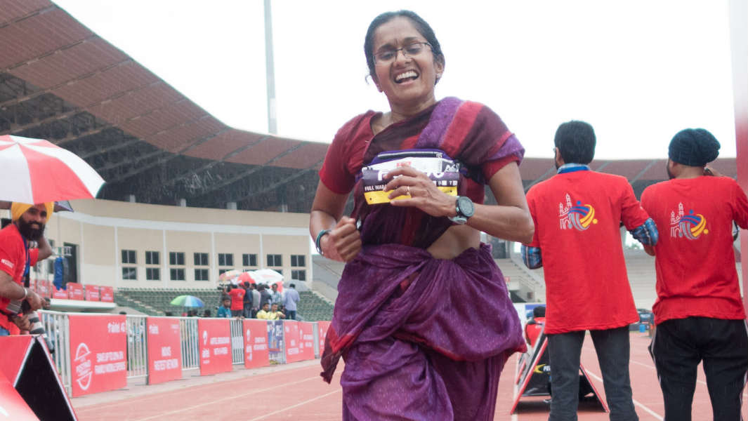 Marathon runner ditches shorts and t-shirt to take on 26-mile race in a sari
