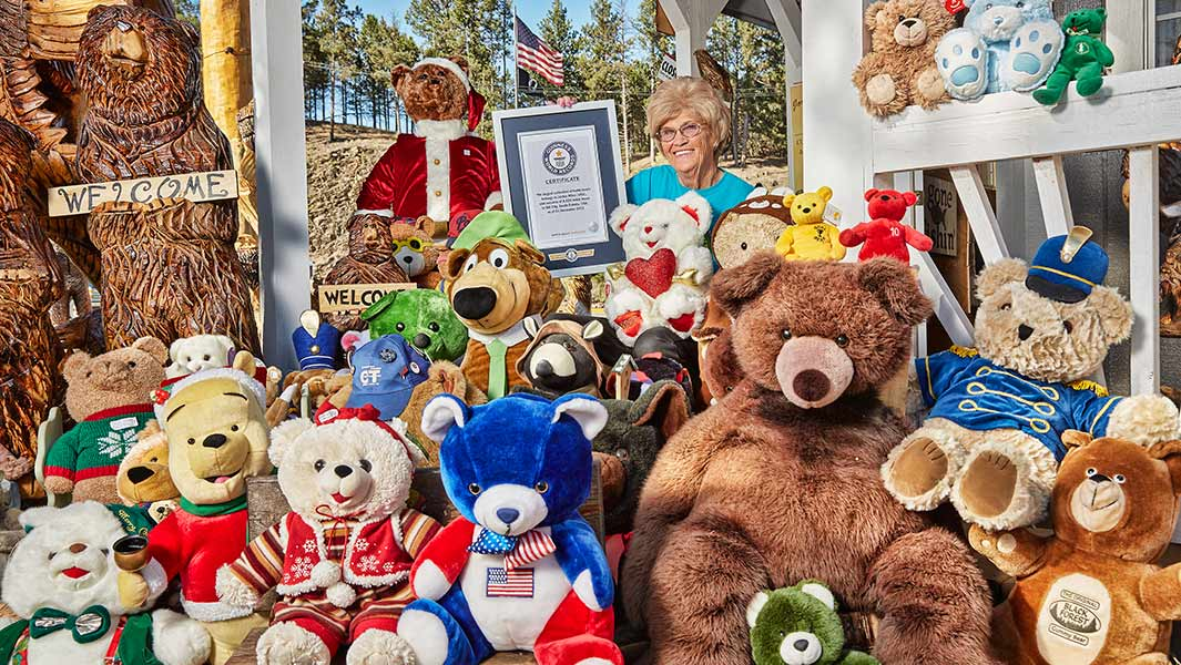 Video: Take a tour of the world's largest collection of teddy bears