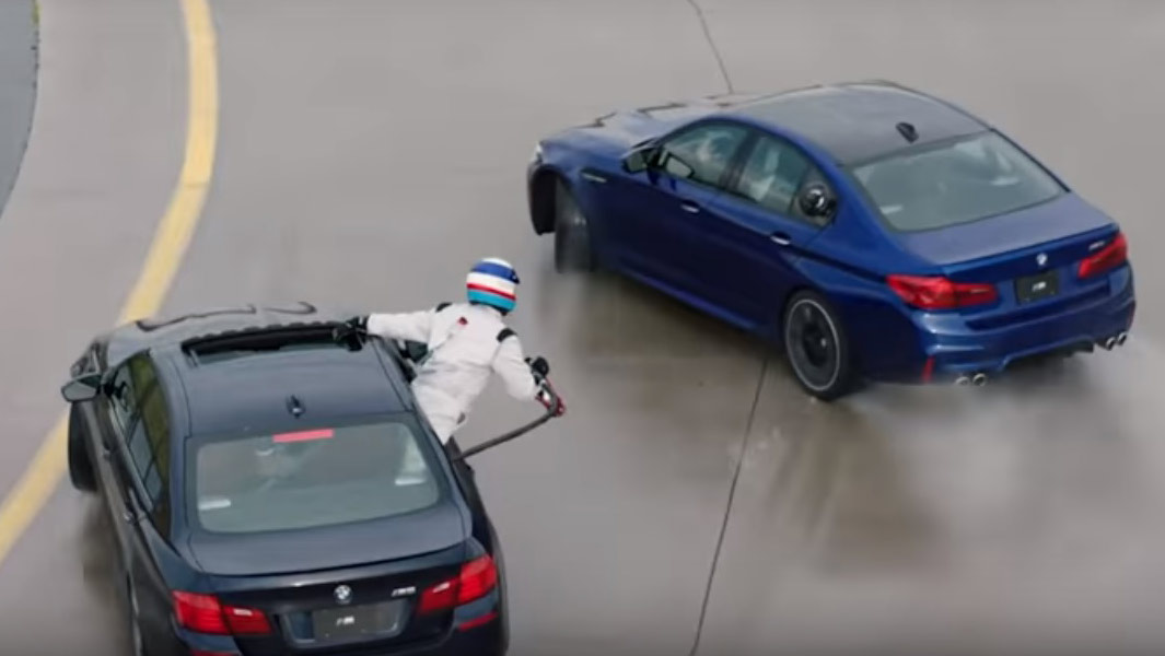 Video: BMW sets two new records with help from amazing mid-drift refuelling system