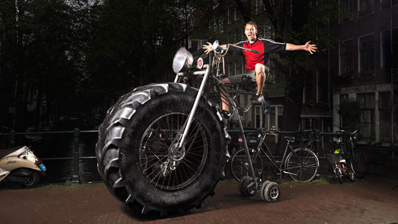 Monsterbike – the world's heaviest rideable bicycle – video