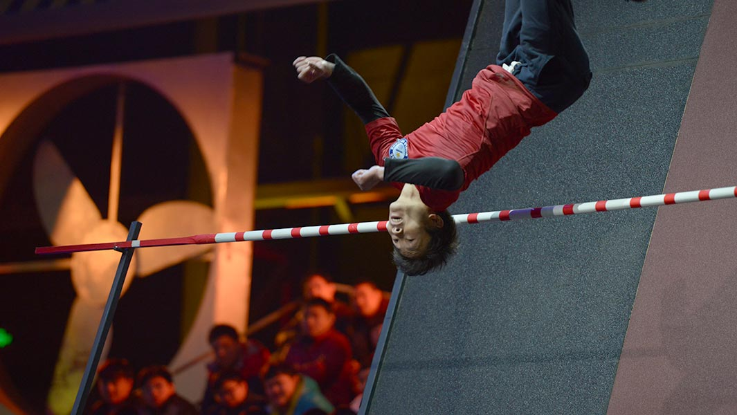 Parkour pros go head-to-head for highest wall-assisted backflip record