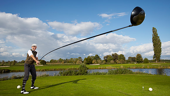 Video: Watch the world's longest usable golf club in action!