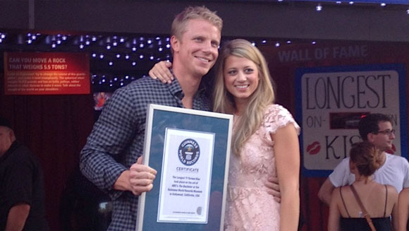Video: Watch 'Bachelor' Sean Lowe and Lesley Murphy set record for longest on-screen kiss