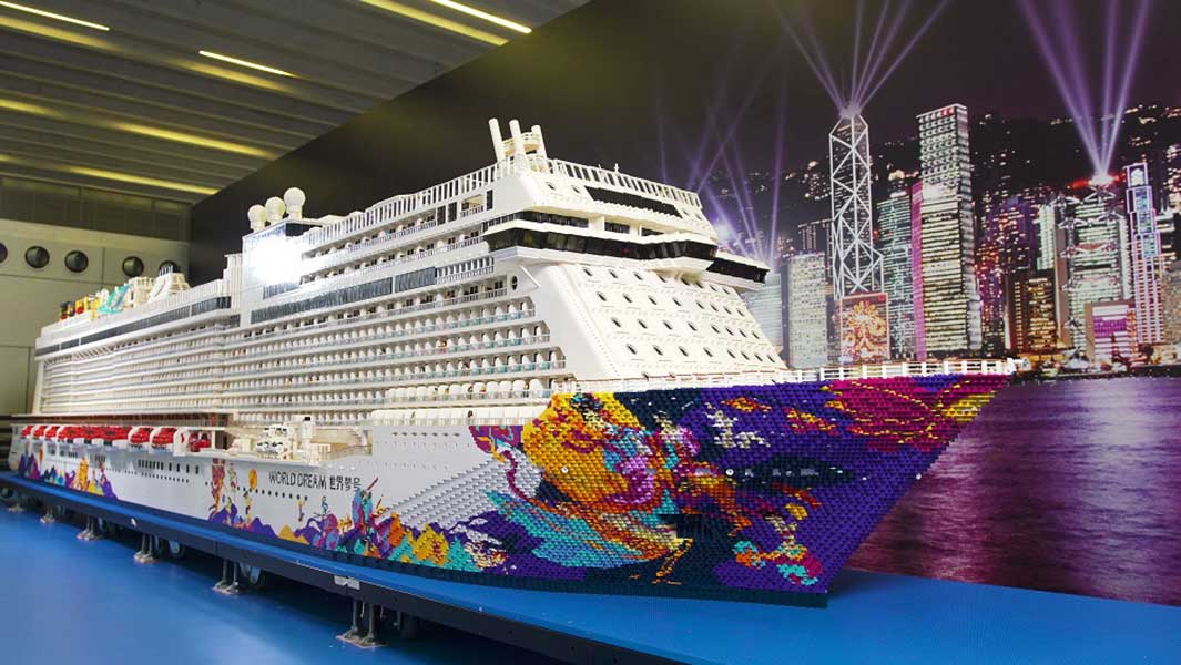 Video: The world's largest LEGO ship has been made using more than 2.5 million bricks
