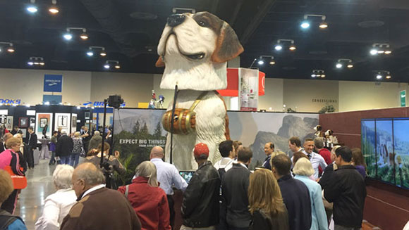 Largest bobblehead created for shareholders show in the US