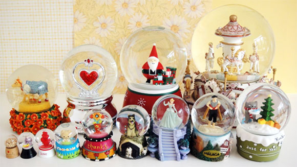 Largest collection of snow globes Christmas