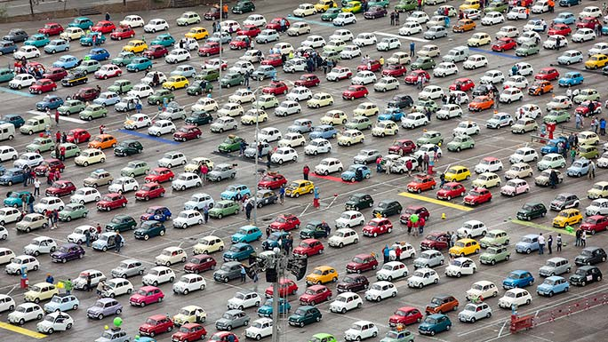 Largest parade of SEAT cars car park