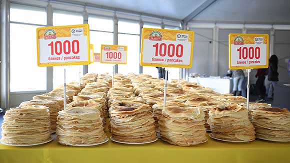 Shrove Tuesday: Russian flour company dishes up world's largest serving of pancakes
