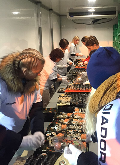 Largest sushi mosaic distributing to guests