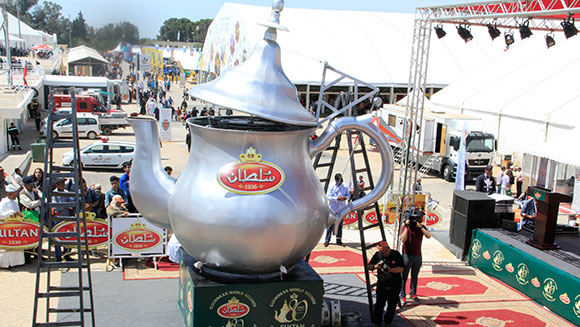 Sultan Tea unveils largest teapot ever at Morocco's International Agricultural Show