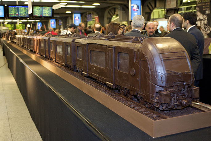 Longest chocolate sculpture