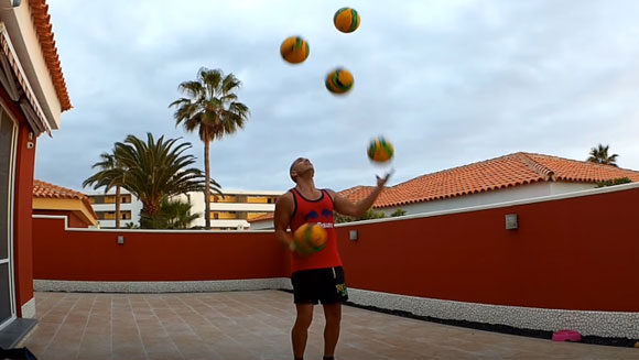 Video: Spaniard attempts to equal challenging record for most soccer balls juggled