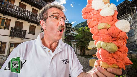 Video: Italian ice-cream fan balances 121 scoops on one cone