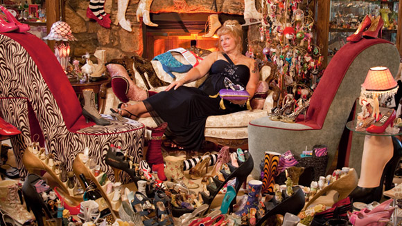 Darlene Flynn - owner of the world's largest collection of shoe-related items - video