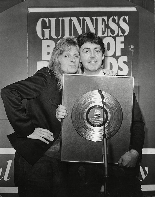 Paul-Linda-McCartney-guinness-world-records-event1979