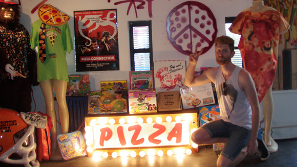 Pizza enthusiast sets new memorabilia world record