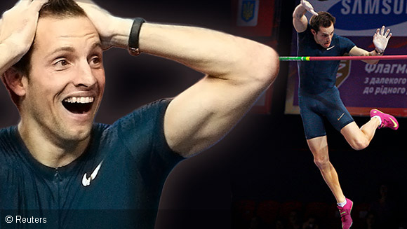 Video: Renaud Lavillenie breaks Sergei Bubka's 21-year pole vault record