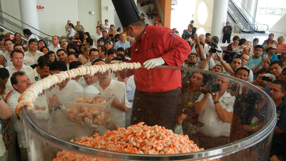 Largest shrimp cocktail made in Mexico