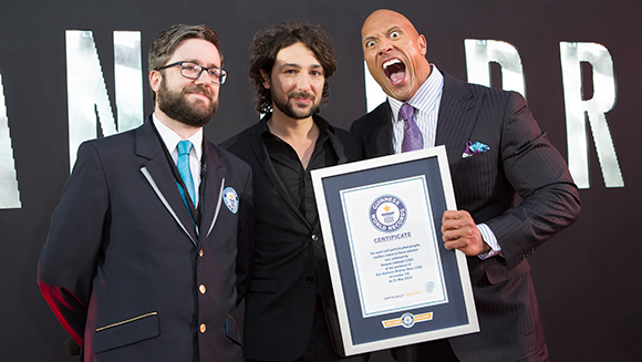 Dwayne 'The Rock' Johnson sets selfie record with fans at San Andreas premiere in London