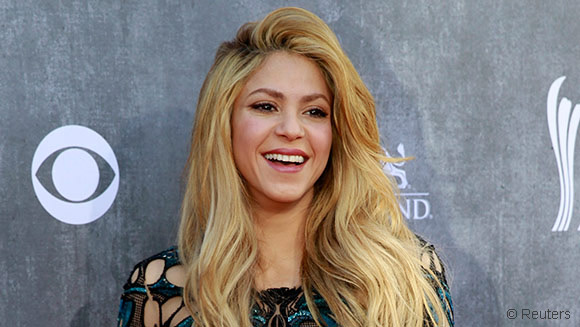 Shakira sets new Facebook world record after reaching 100 million likes