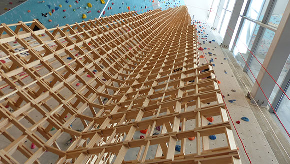 Maison De Kapla centre kapla lyon build tallest tower made from wooden toy blocks to