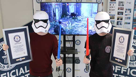 Video: Watch British YouTube stars Twiinsane score record for Star Wars Battlefront speed run