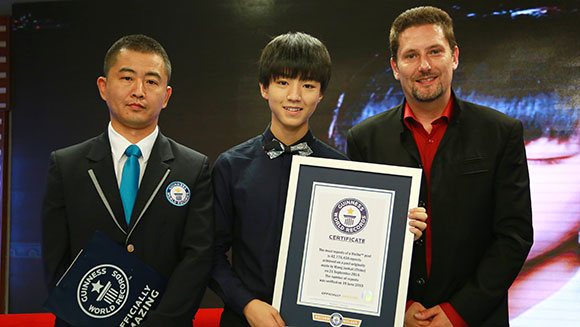 TFBoys star Wang Junkai sets social media record as millions repost Weibo update