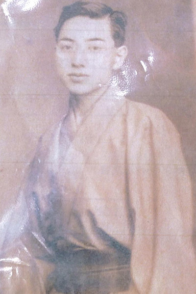 Yasutaro Koide as a young man