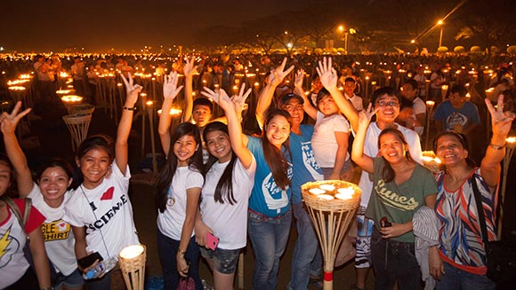In pictures: Thousands gather in Philippines to set largest flaming image world record