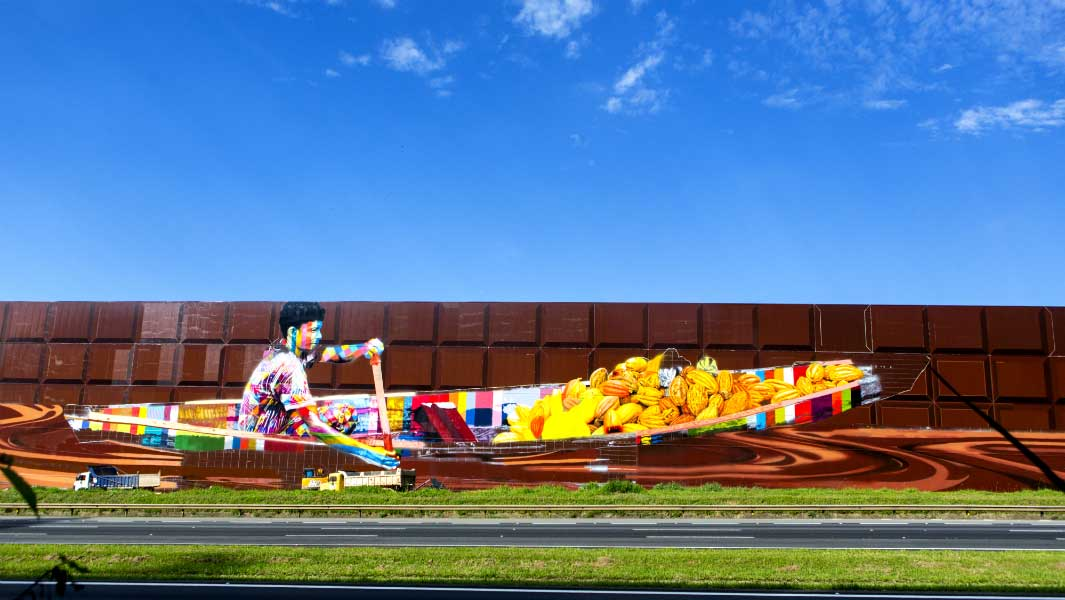 New record-breaking spray paint mural looks like an enormous chocolate bar