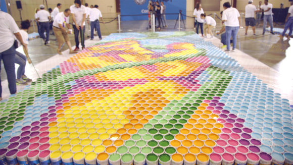 Comex creates the largest paint can mosaic   Guinness World Records