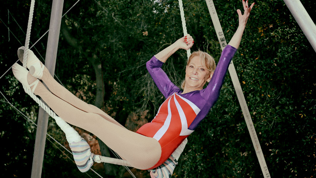 85-year-old becomes world's oldest trapeze artist - after starting lessons aged 78