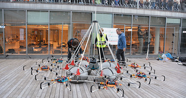 heaviest-payload-lifted-by-a-remote-controlled-multicopter-ground