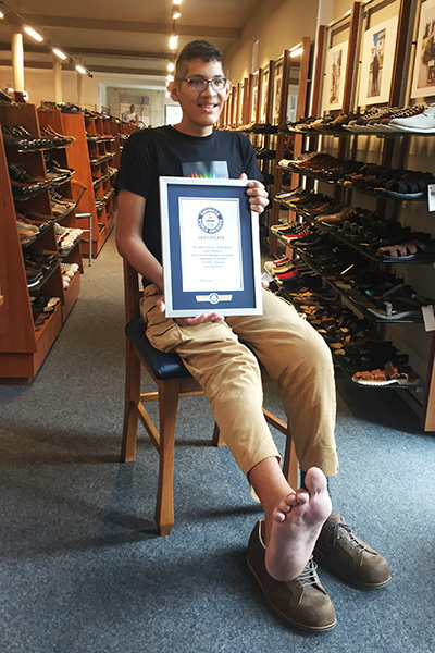 8f67de7742fa Largest feet Jeison shoe-fitting in Germany 6. Guinness World Records ...