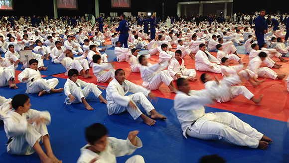 First National Sports Day in UAE sees thousands set new record for enormous jiu-jitsu lesson