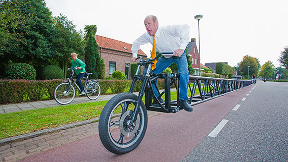 Record Holder Profile Video: The longest bicycle in the world