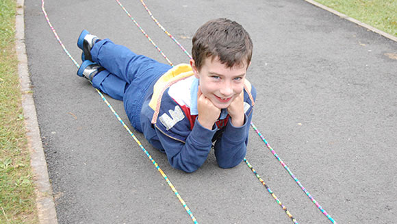 Loom band bracelet world record for dedicated Northern Ireland youngster