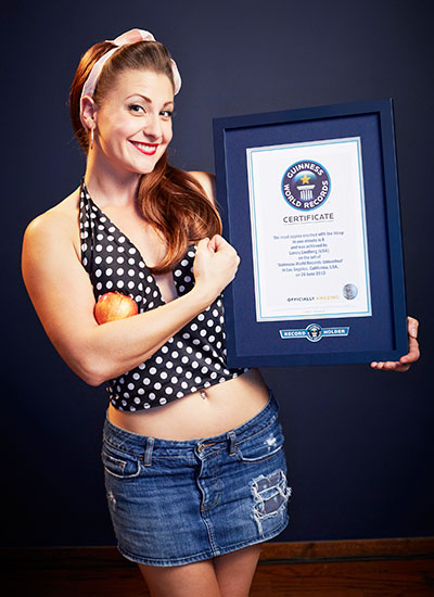 mama-lou-most-apples-crushed-with-the-bicep-certificate