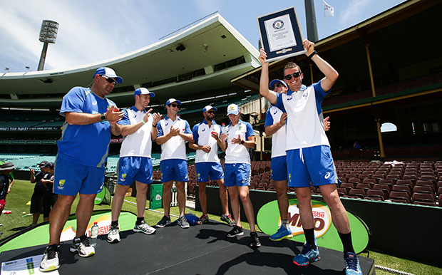 Australian cricketers with GWR certificate for largest cricket lesson