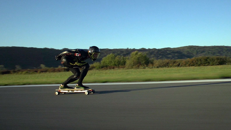 Watch incredible footage as thrill-seeker Mischo Erban hits 95.83 km/h (59.55 mph) on an electric skateboard