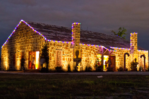 GWR Largest Gingerbread house-17.jpg