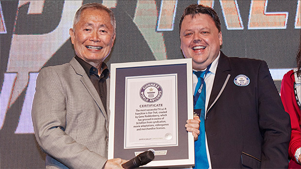 Video: Guinness World Records honours Star Trek stars William Shatner and George Takei at huge UK convention