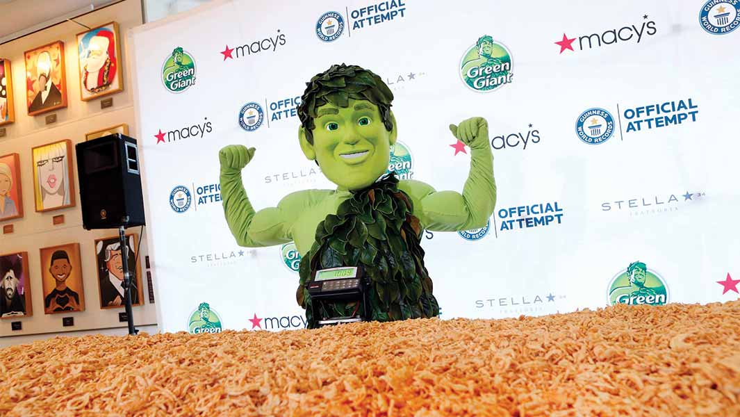 Green Giant's record-breaking casserole feeds more than 3,000 New Yorkers in time for Thanksgiving