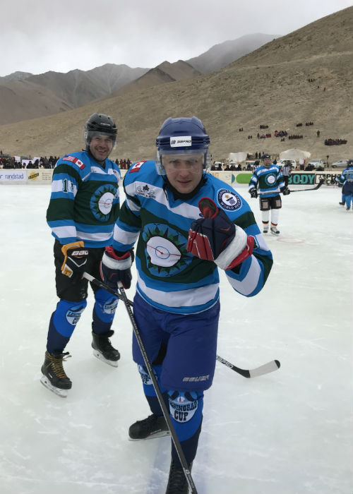 Highest altitude game of ice hockey 6